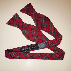 BROOKS BROTHERS Red Tartan Bow Tie